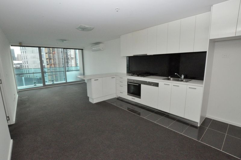 MAINPOINT - 3 Bedroom Beauty with City Views!