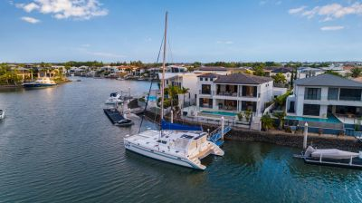 Calling all Boaties -  North to water with 24.3 m frontage, 12m pontoon and deep water