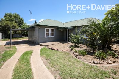 FREESTANDING COTTAGE IN CENTRAL WAGGA