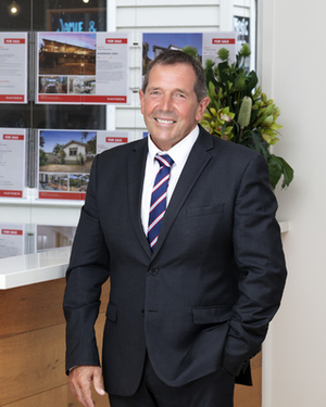 Mark Davis Real Estate Agent