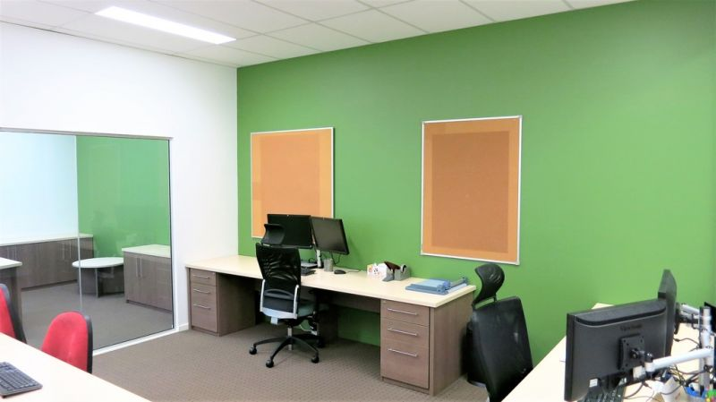 QUALITY BRENDALE OFFICE FOR SALE