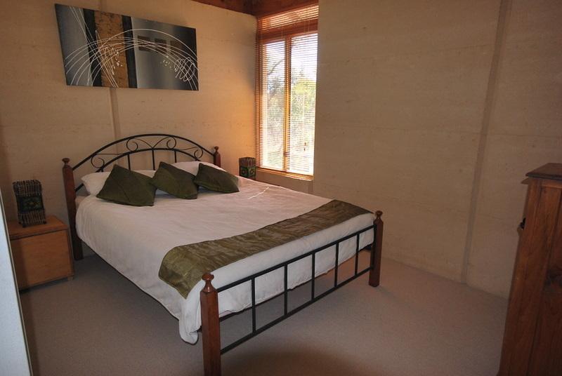 For Sale By Owner: 25 De Haer Road, Wandi, WA 6167