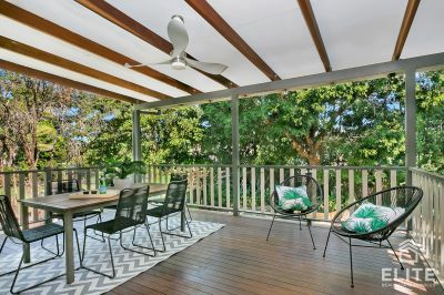 Affordable and Stylish Queenslander With Large Deck