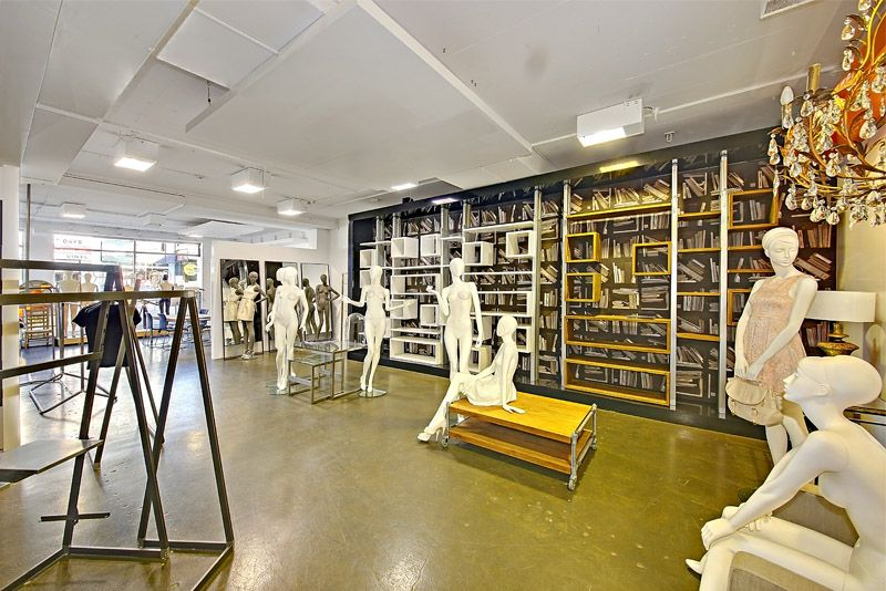 SOPHISTICATED OFFICE, WAREHOUSE & SHOWROOM