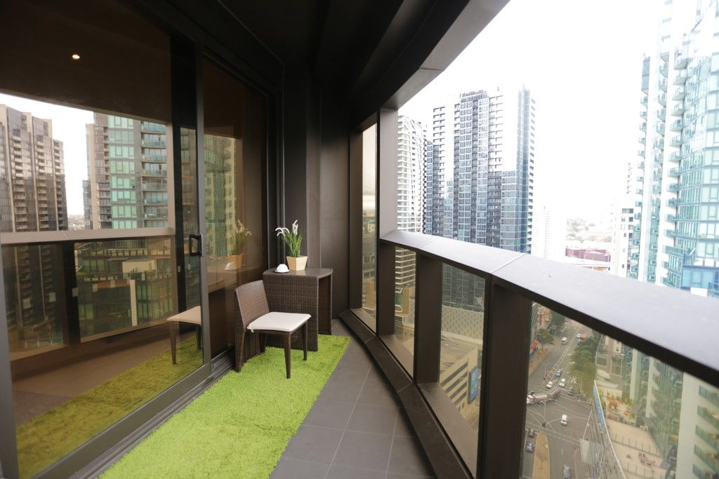 Prima Pearl: FULLY FURNISHED Two Bedroom Apartment in Stunning Southbank!
