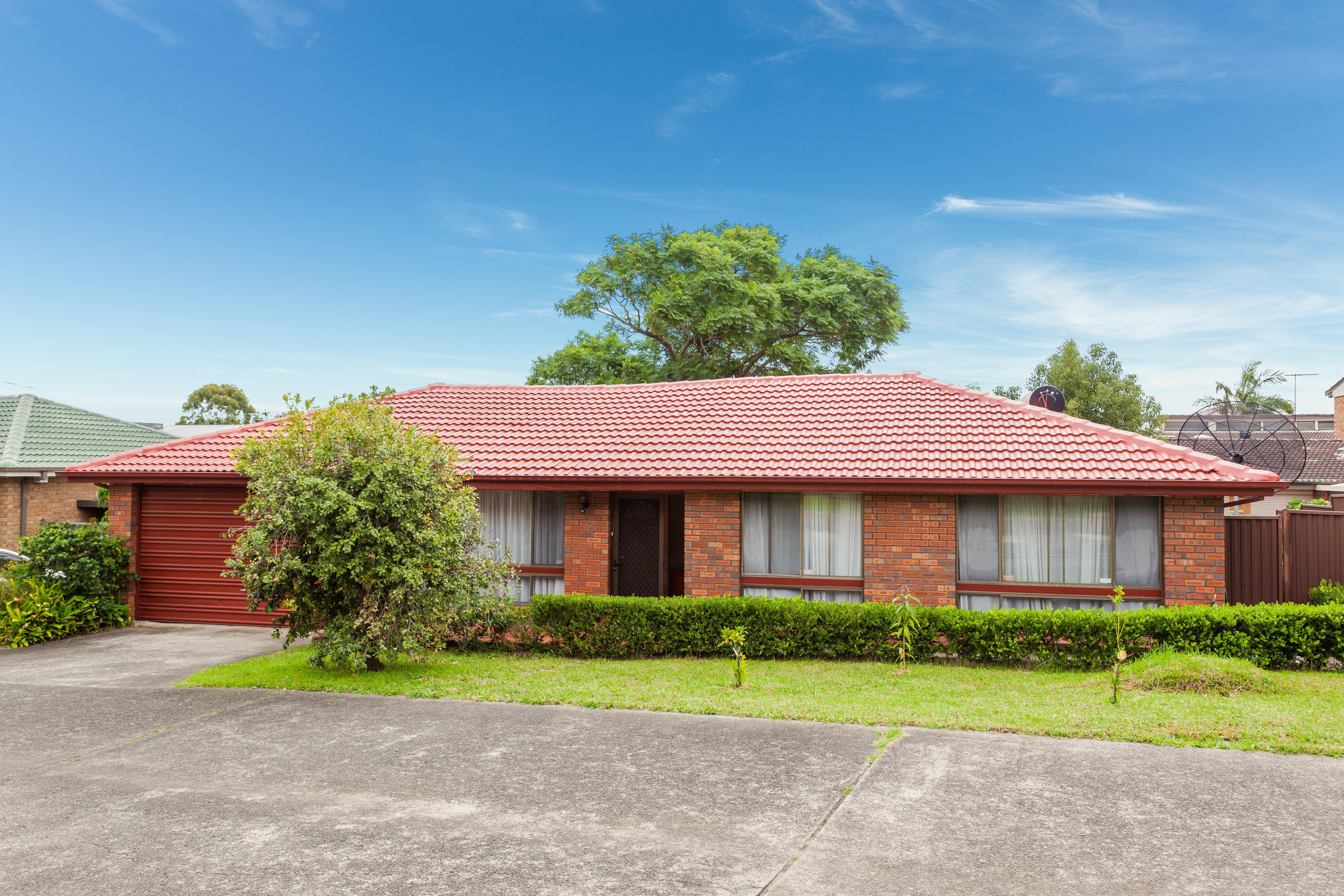 2/151 Greenacre Road, Greenacre NSW 2190