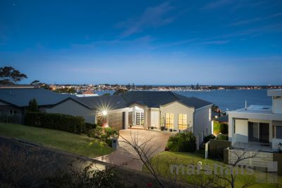 5 The Shores Way, Belmont