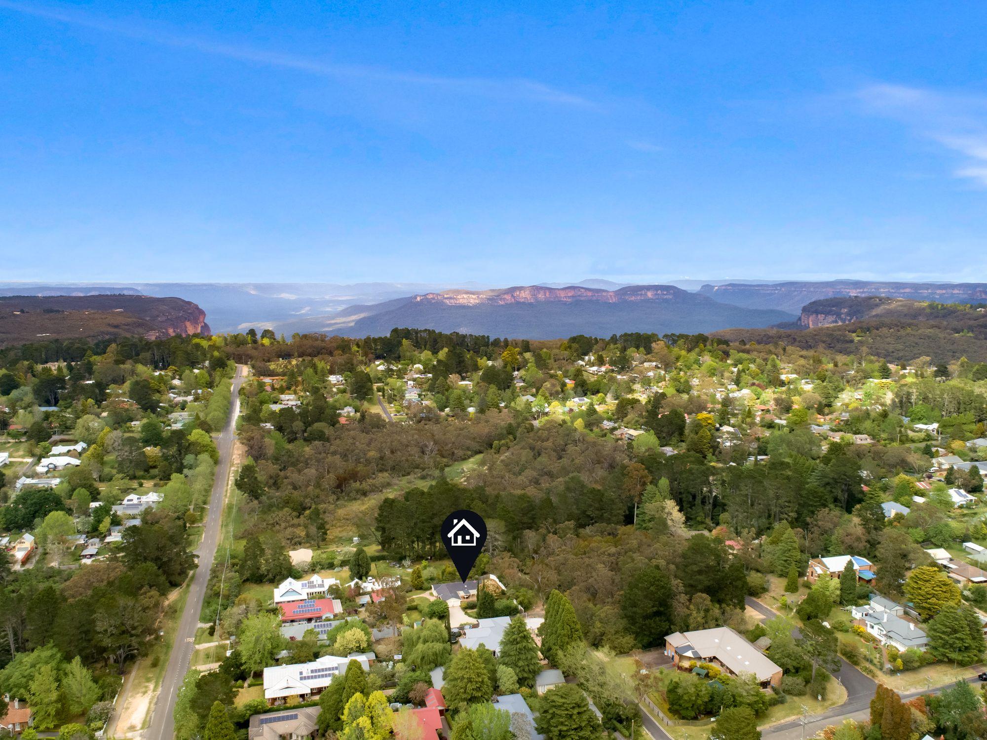 10-12 Robinson Avenue Wentworth Falls 2782