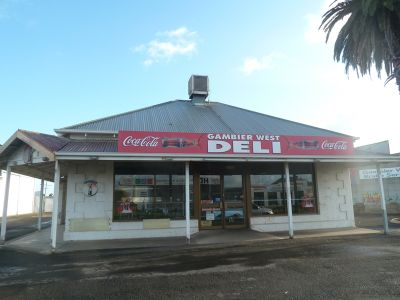 326 COMMERCIAL STREET, Mount Gambier