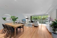 Luxurious tri-level family townhouse
