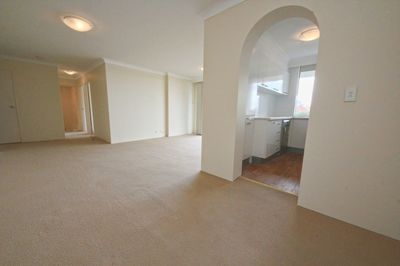BRIGHT, MODERN & SPACIOUS TWO BEDROOM APARTMENT.