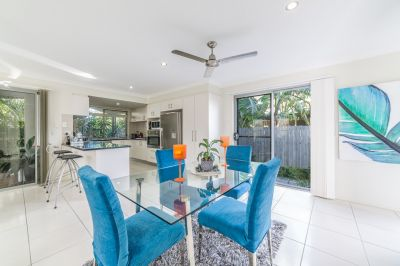 Boutique stand-alone townhouse, walk to Chrin Park!