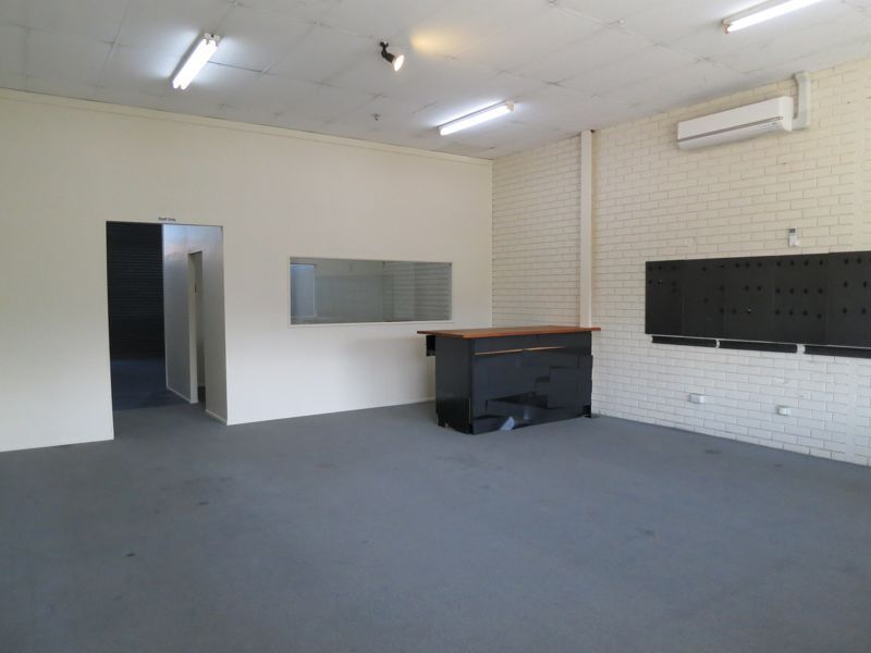 PRIME LOCATION AT GYMPIE ROAD STRATHPINE