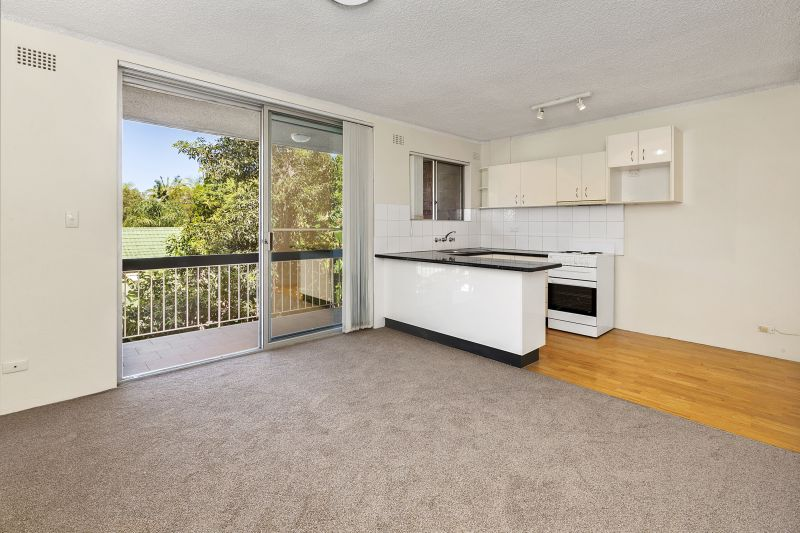 One Bedroom Unit Just 5 Minutes From Dee Why Beach