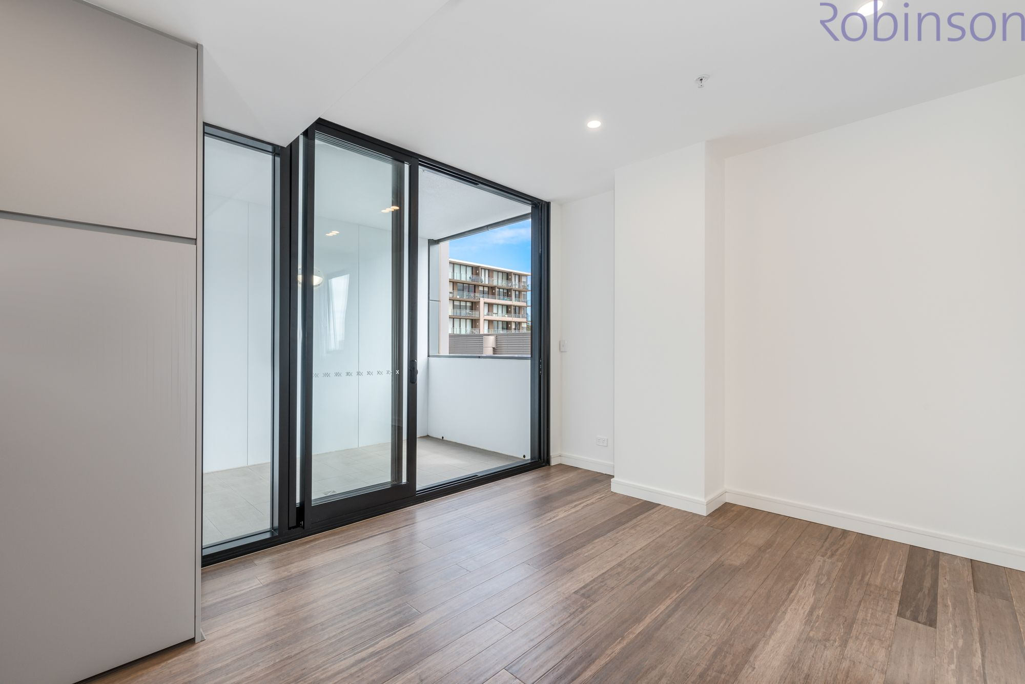 Level 5/B505/75 Shortland Esplanade, Newcastle