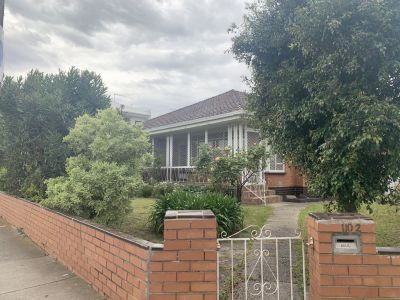 Family Home In Perfect Location!