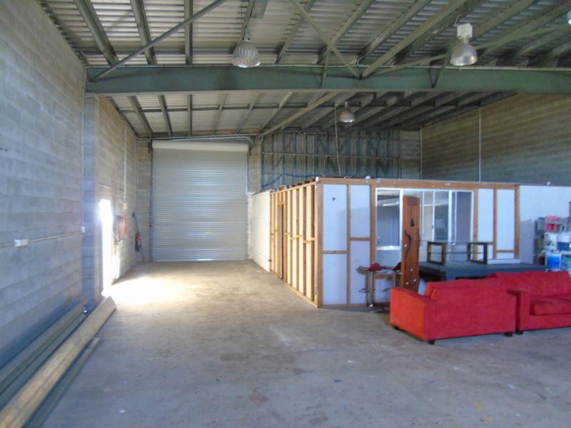 Light Industrial Shed in Mackay CBD