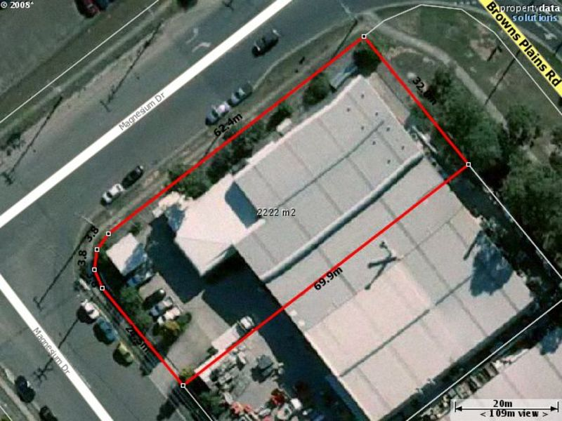 Affordable and functional industrial facility with direct truck access and close to all major transport systems