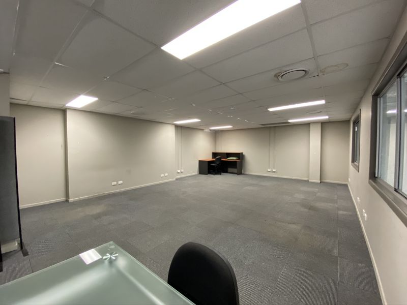 RARE 511SQM WAREHOUSE WITH OFFICE