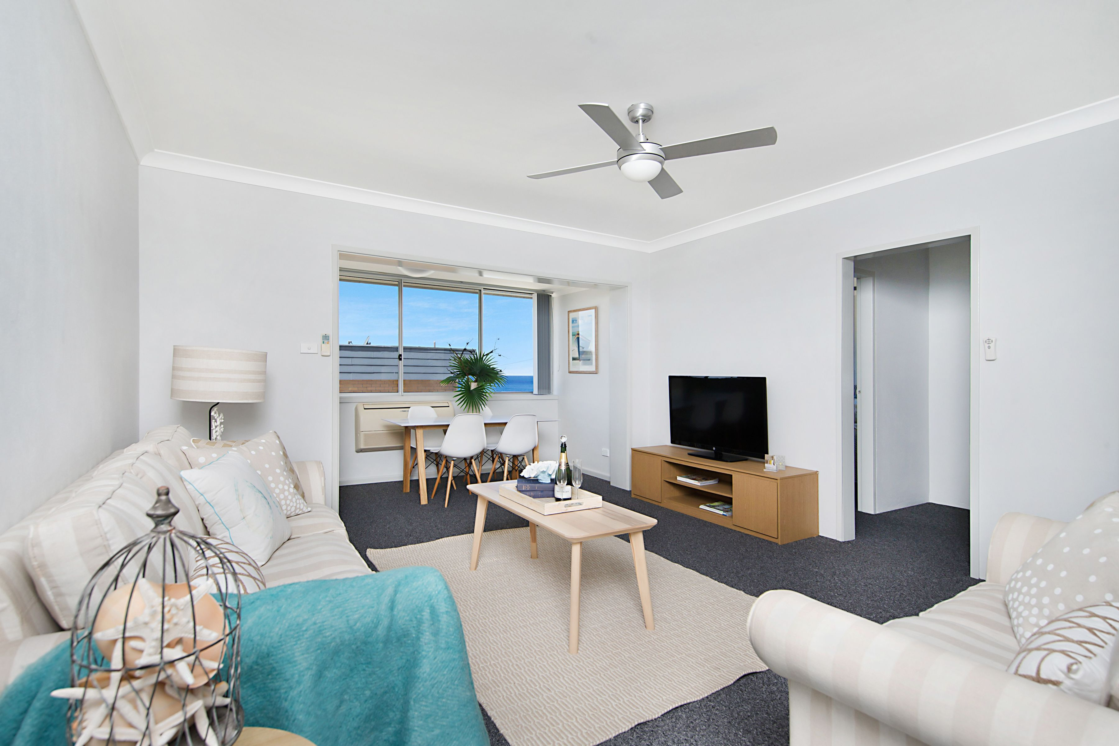 4/6 Scenic Drive, Merewether