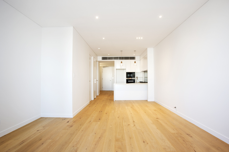 RAMSGATE BEACH APARTMENT WITH PARKING AND STORAGE