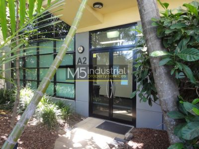 92sqm - Office Space in Popular Complex