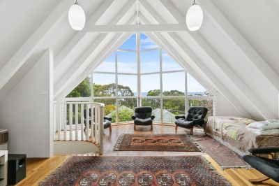 QUIRKY AND CHARMING 5 BEDROOM RESTORED COTTAGE