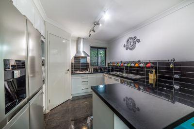 Modern 4 Bedroom Home in 'Coomera Retreat'