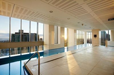 Freshwater Place: Luxury Southbank Living!