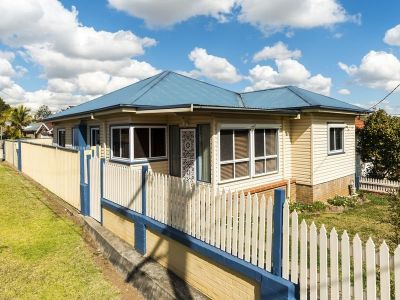 DEPOSIT TAKEN  Comfortable Home in Convenient Location - Minute Walk to Bus Station, Minutes from Ermington Shops, Medical Centre