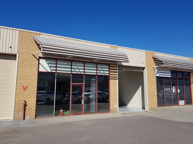 Warehouse/Showroom Space