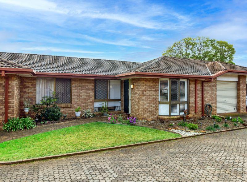 Brick Villa with Plentiful Living Space