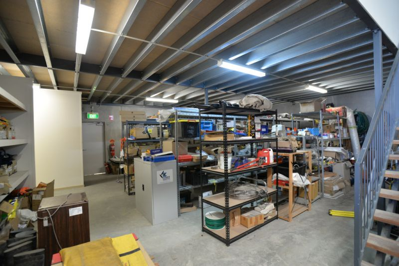 TILT PANEL INDUSTRIAL WAREHOUSE WITH 316 SQM* OF OFFICE