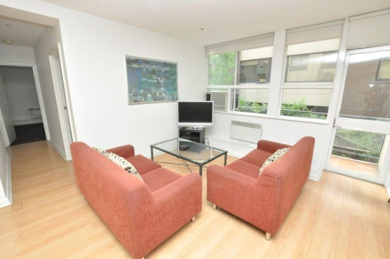Stanton Apartments: Beautiful, Spacious, Furnished Apartment!