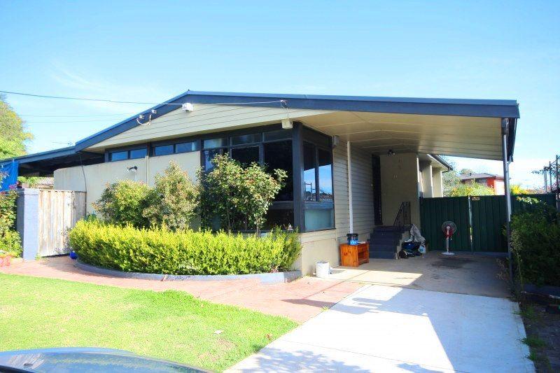 2 Hurley Street, Toongabbie NSW 2146