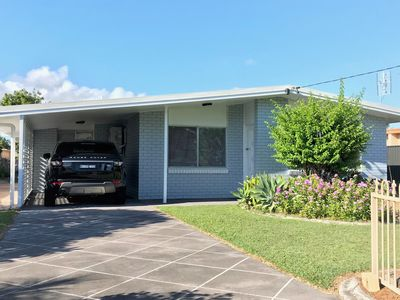 Location! Location! Great Home For Rent In Central Maroochydore