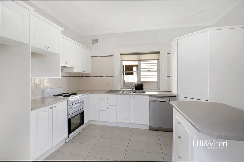 49 Auburn Street, Sutherland NSW 2232