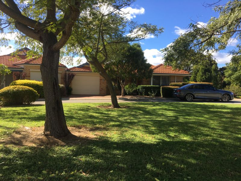 For Sale By Owner: Forrestfield, WA 6058