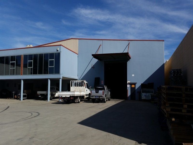Superb Freestanding Warehouse with Holding Income