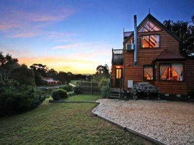 GREAT BUSINESS - GREAT PROPERTY - GREAT OCEAN ROAD