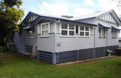 Large Dual Living Home in Ashgrove