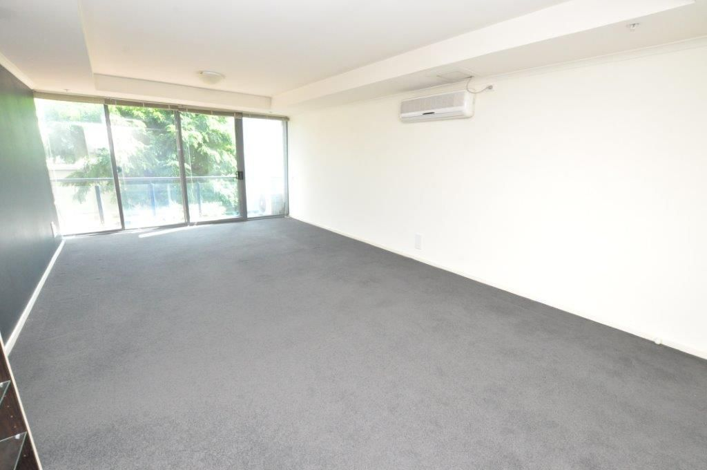 88 Park Street: 1st Floor -  Be The Envy Of Your Friends!