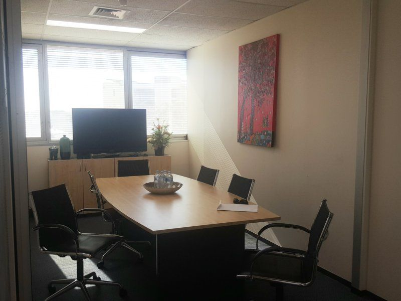 High Quality Offices, Incentives Available