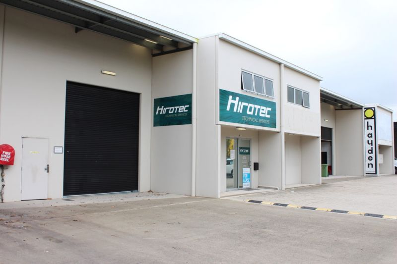 Dual Access 266m2 Industrial Unit and Office