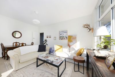 Stylish Apartment in Ultra-Chic Harbourside Locale