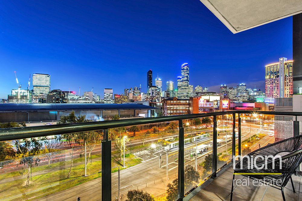 Superb Space and Spectacular City Views!