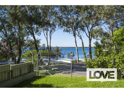 Great Value Lakeside Living - Offers Over $250 per week