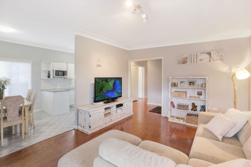 8 Jensen Place, Engadine NSW 2233