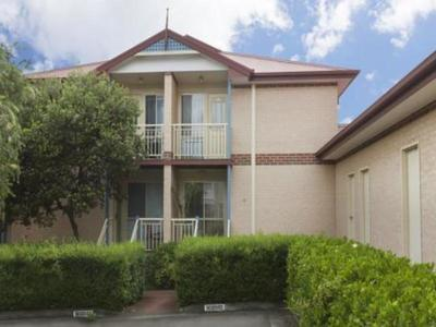 Two Storey Townhouse For Lease