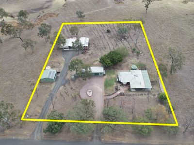 Two Homes On 2.5 Acres, Bore, Sheds Plus Much More. Owners Motivated To Sell!